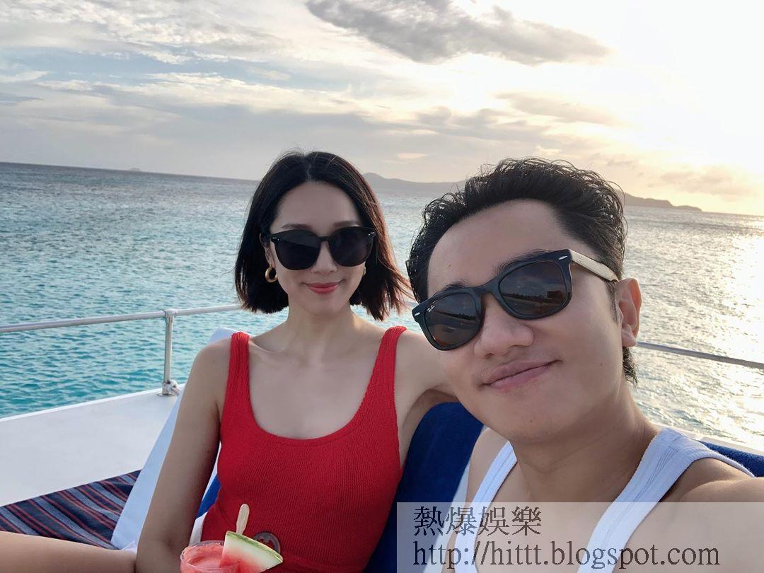 亞男貼出着住鮮紅泳衣同祖藍出海度假相。