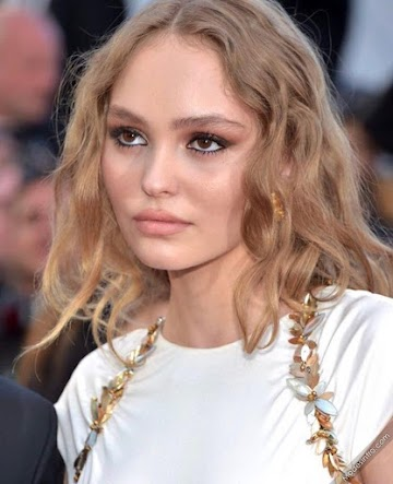 Lily Rose Depp 8th Photo