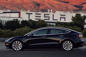 TESLA Model X 100D céges autó