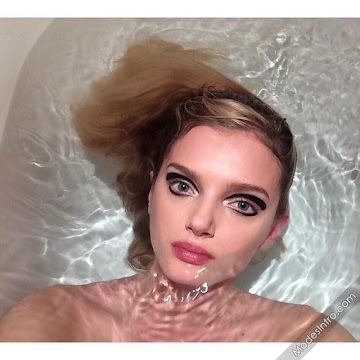 Lily Donaldson 33rd Photo