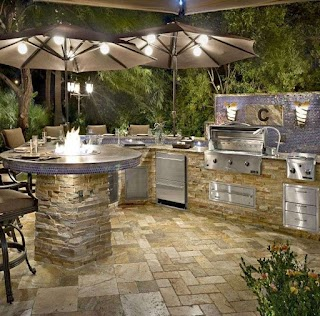 Paradise Outdoor Kitchens Custom Grills