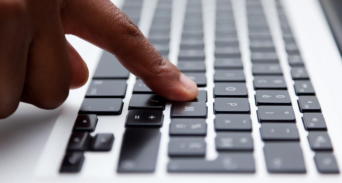 Weboldal elemzés fordítás és tolmácsolás témában
