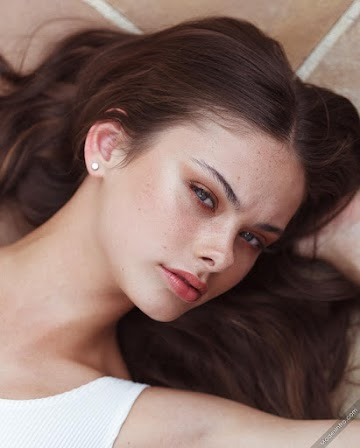 Meika Woollard 173rd Photo