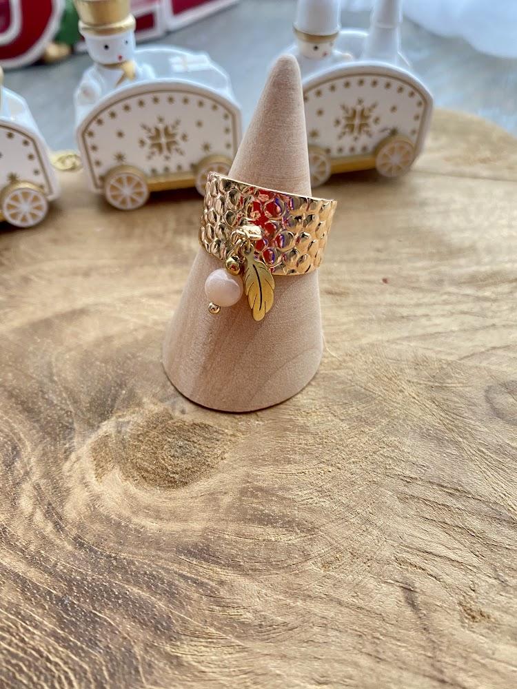 Bague large martelée doré à l'or fin rosé 24k - et Pierre de Soleil