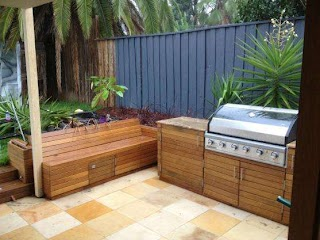 Outdoor Kitchen Cupboards Choosing The Very Best for The Outside Area My