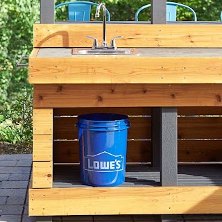 Outdoor Kitchen Lowes with Concrete Countertop