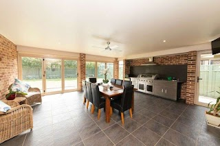 Oxbox Outdoor Kitchen 3 Oxbow Court Dubbo Nsw Residential House for Auction