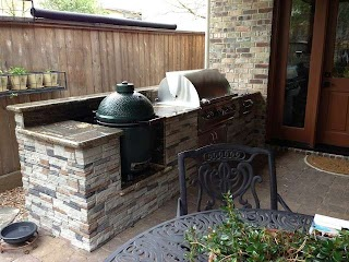 Green Egg Built in Outdoor Kitchen Houston Patio with Big Nest Contemporary