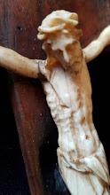 Crucifix catolic din lemn si fildes