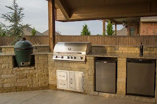 Outdoor Kitchen Kegerator with Grill Green Egg and Patio