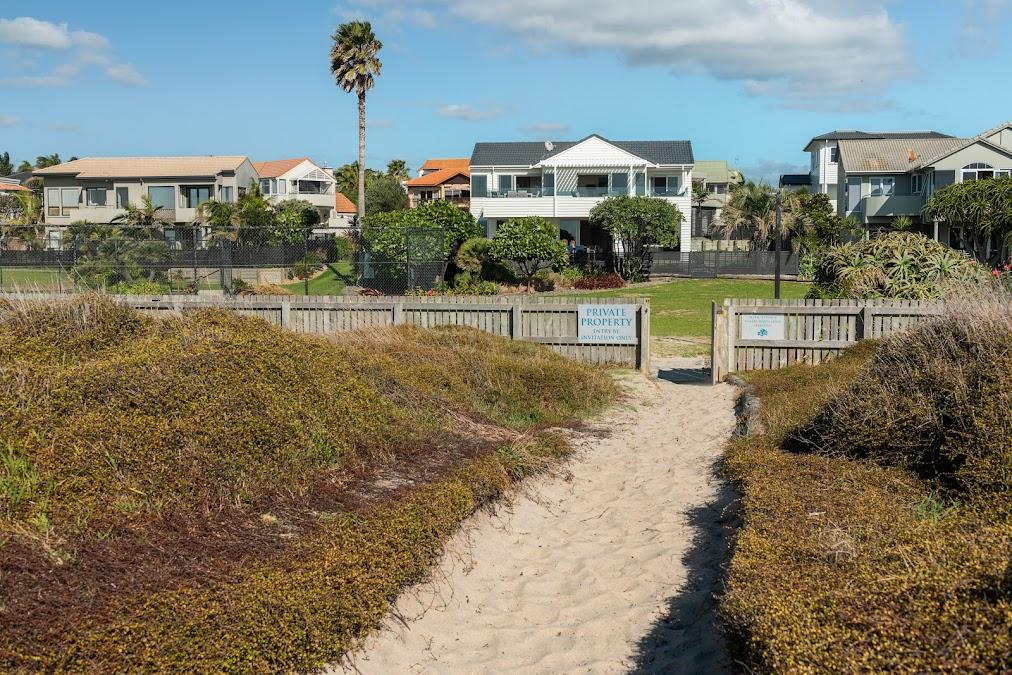 Beachfront in Papamoa