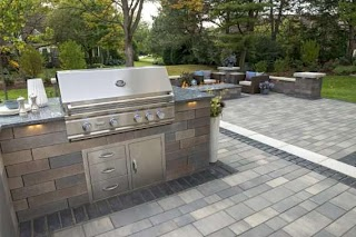 Unilock Outdoor Kitchens Concrete Pavers for Easytoclean in Cleveland