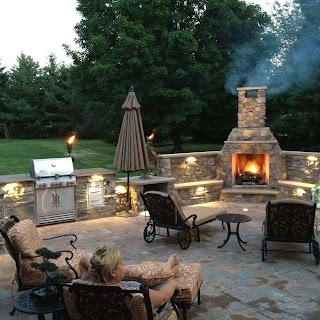 Outdoor Fireplace and Kitchen Thinking a Pizza Oven Instead of The Bbq Or A