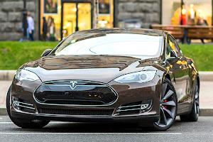 Tartós bérlet visszaigényelhető áfával Tesla Model X Budapest