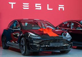 Tesla Model S 2014 mobile de