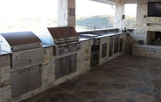 Charcoal Grill Outdoor Kitchen Alfresco with Builtin