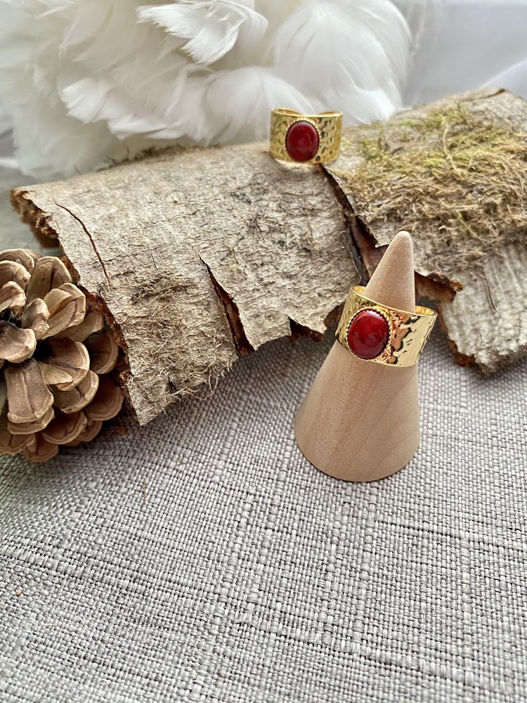 Bague large en Jade rouge