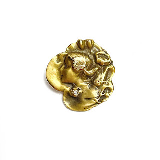 14L Gold & Diamond Floral Femme Pendant