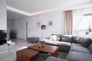 Modern és Design lámpák lámpa webáruház készítés egyedi webshop rendszerben