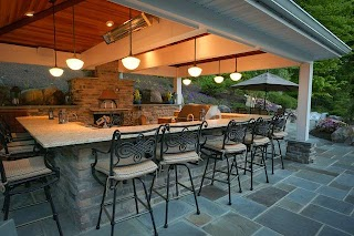 Outdoor Kitchen with Pizza Oven Traditional Terrace Balcony