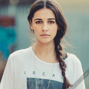 Naomi Scott 37th Photo