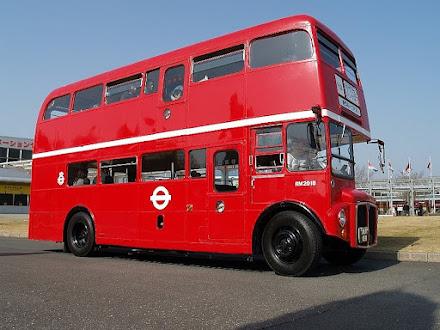 ロンドンバス1889号