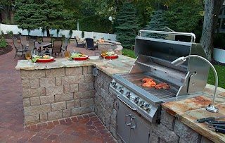 Outdoor Kitchens Kansas City in Supreme Green Landworks