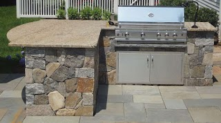 Outdoor Kitchen Island Kits for People Who Love Meals Cooked Outside