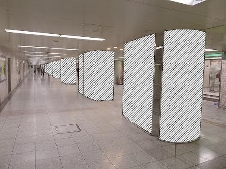 大阪駅前地下道 東通路ロングストリート