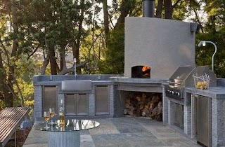 Outdoor Pizza Kitchen Designs Featuring Ovens Fireplaces and Other