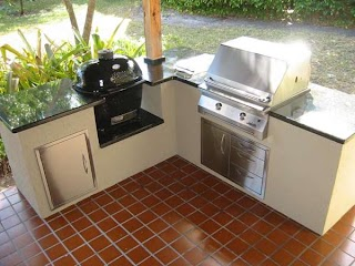 Outdoor Kitchen with Charcoal Grill Gas and in Custom Island