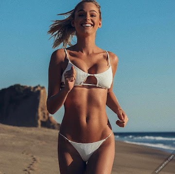 Elizabeth Turner 1st Photo