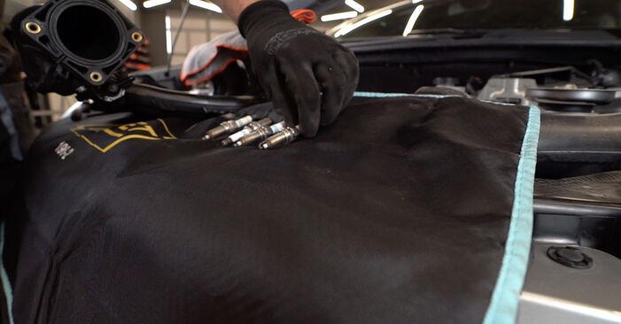 Nissan Qashqai j10 2.0 dCi Allrad Spark Plug replacement: free workshop manuals