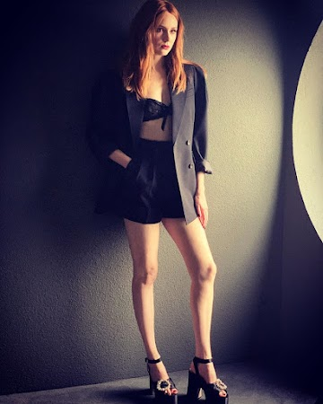 Karen Gillan 73rd Photo