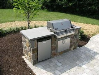 Small Outdoor Kitchen Have The Bbq Just Need The Mini Fridge and We