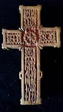 Cruce din lemn sculptata, anul 1881, 11 x 6.5 cm