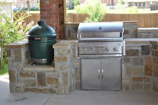 Outdoor Kitchen with Big Green Egg Airflow Under Bge How Important Is It Head