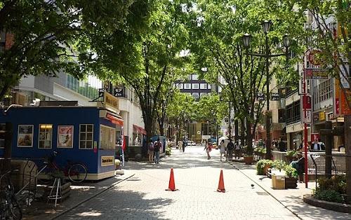 新宿MoA4番街
