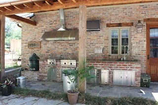 Outdoor Kitchen Grill Hood with Vent and Stainless Steel Appliances