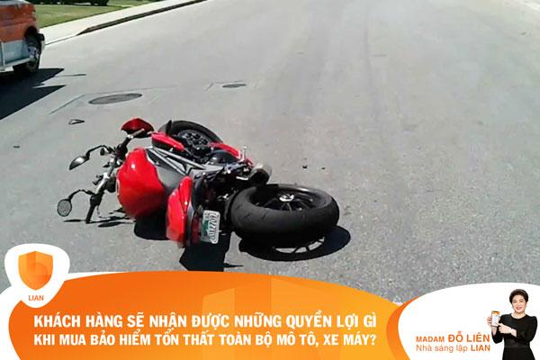 Khách hàng sẽ nhận được những quyền lợi gì khi mua bảo hiểm Tổn thất toàn bộ mô tô, xe máy?