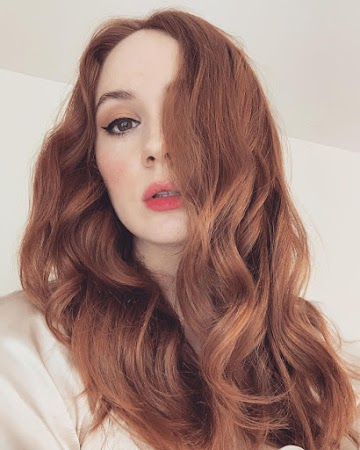 Karen Gillan 84th Photo