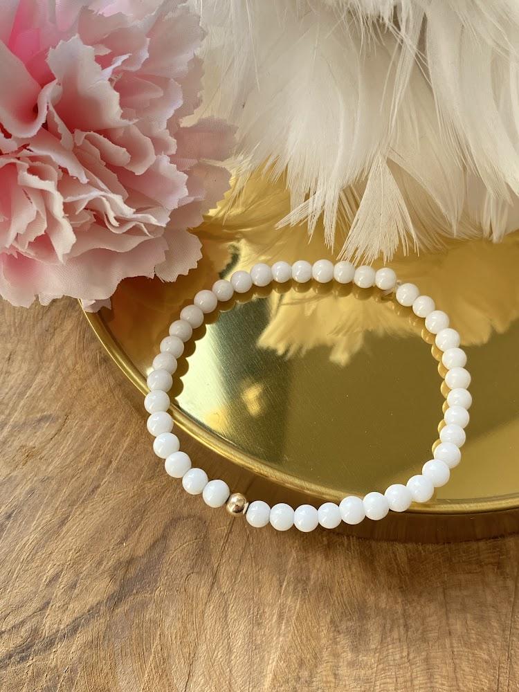 """Bracelet """"Minimaliste"""" en Agate Blanche"""