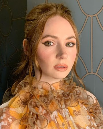 Karen Gillan 67th Photo