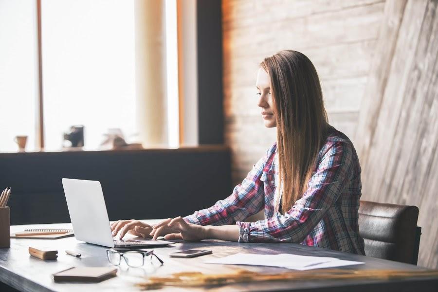 Egyedi weboldal készítés Keresőmarketing ügynökség