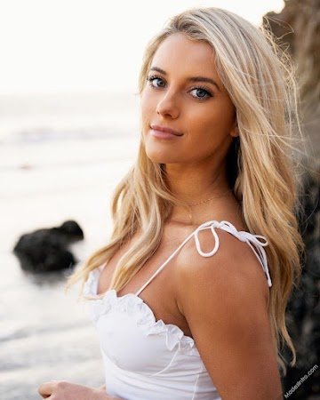 Lindsay Brewer 145th Photo