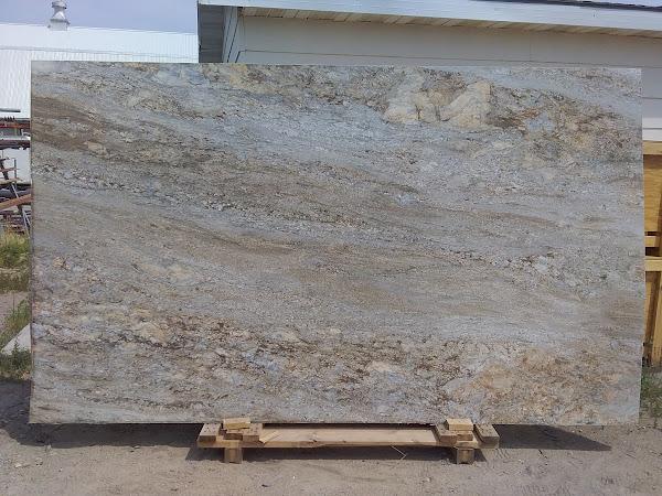 Smokey Mountain – Leathered Granite #11473