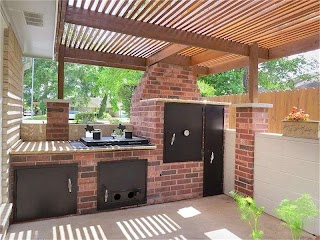 Built in Smoker Outdoor Kitchen with 2012