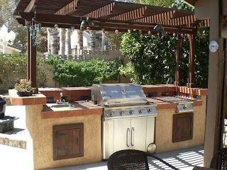 Outdoor Kitchen Layouts 27 Best Ideas and Designs for 2019