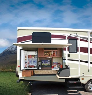 Fifth Wheel with Outdoor Kitchen Take It Outside an Trailer Life