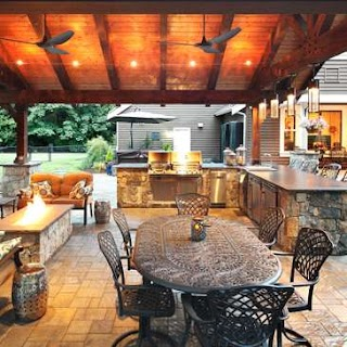 Backyard Outdoor Kitchen S